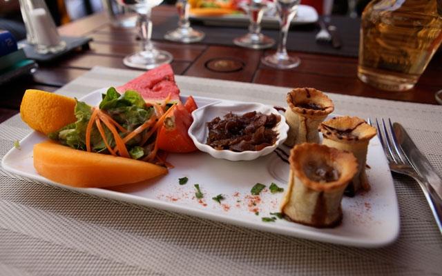 midi, Pézenas, gastronomie, spécialité, terroir, pâté, curry, cannelle