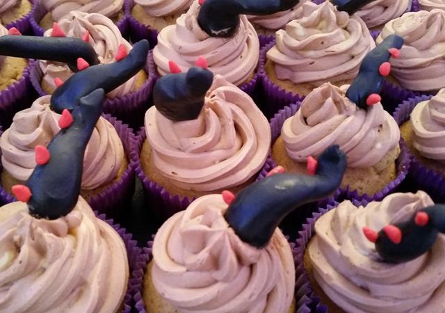 cupcake, cake, dragons