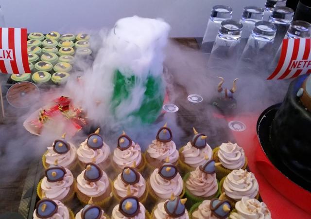 cake, cake design, dragon, fête, anniversaire, netflix